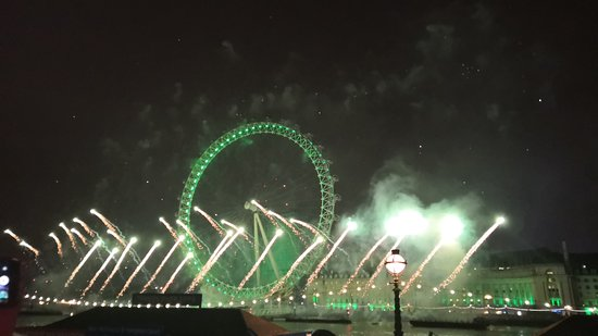 לונדון, UK: NYE 2019 Fireworks London!