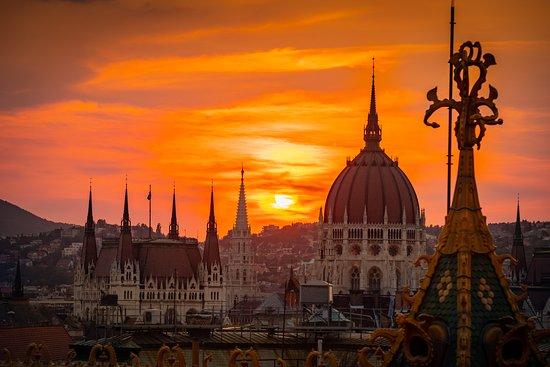 Budapest Intermezzo Roof Terrace 233 Rt 233 Kel 233 Sek Az
