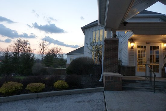 Lyndhurst, OH: Looking to the West with a part of Acacia's Front Entrance in the right foreground.