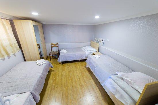Дедоплисцкаро, Грузия: Triple room with private bathroom