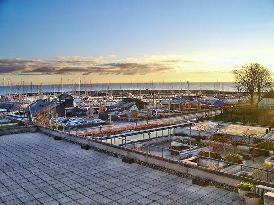 Vedbaek, Denmark: Sådan er udsigten fra hotellet. Ganske god.
