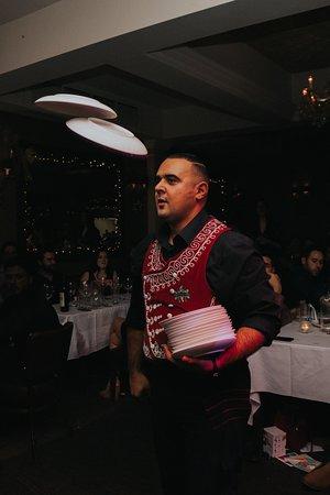 Live Greek Entertainment - Plate Smashing