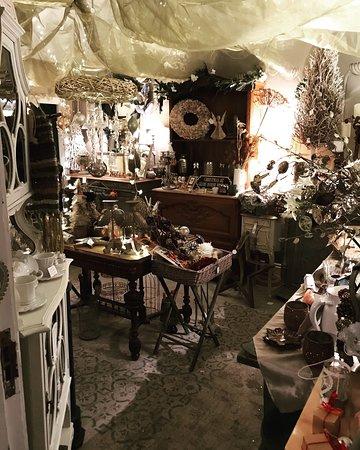 Glebe House Vintage: Interior shot