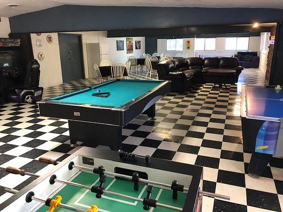 High Country Lodge : Meeting/game room