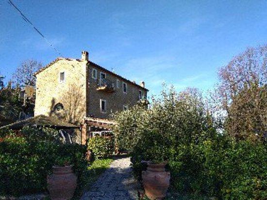 Chianni, Italy: esterno