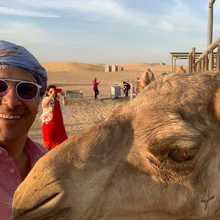 Valokuva: Dubai Desert Safari with BBQ And 4W Land Cruiser Dune Bashing Experience-Sandboarding