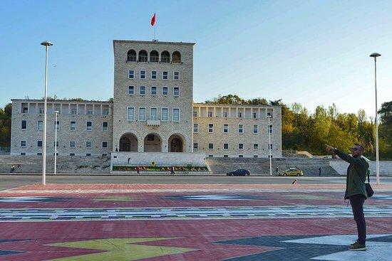 Kommunistische Geschichtsreise Tirana...
