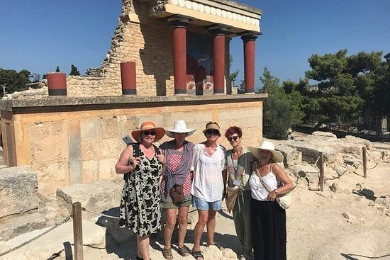 Knossos palace family private guided...