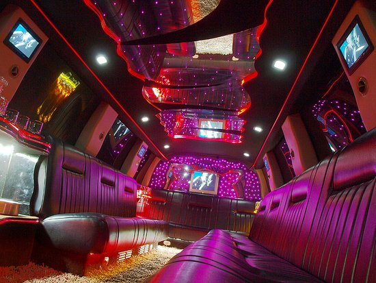 ‪‪San Diego Limousines‬: Bachelor Party Sofia - Lincoln Navigator 180-inch Stretch by Empire, 18 passengers - Bulgaria's Biggest Limousine Лимузини под наем за ергенско парти в София - Lincoln Navigator 180-inch Stretch by Empire, 18 пасажери‬