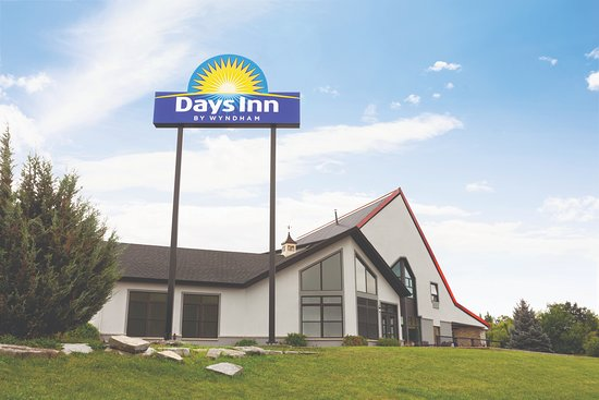 days inn by wyndham kingston ontario canada updated. Black Bedroom Furniture Sets. Home Design Ideas