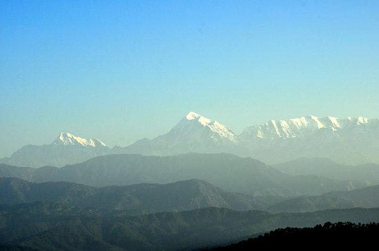 BEST PLACE TO STAY IN KAUSANI