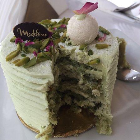 Madeleine French Bakery & Brasserie: Madeleine in Adliya