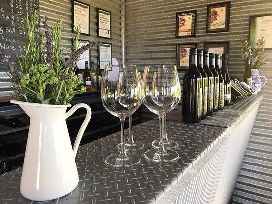 Zig Zag Road Wines