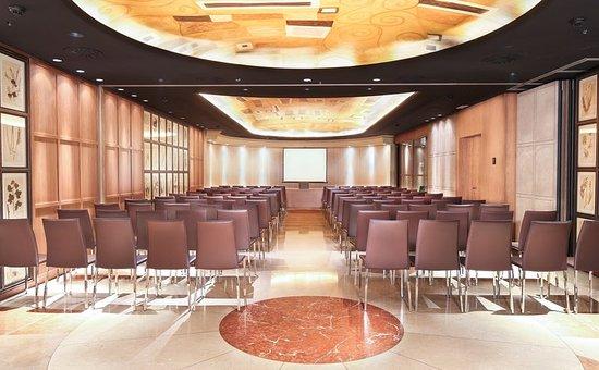 Claris Hotel: Meeting room