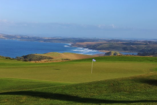 Matauri Bay, New Zealand: A look at the 18th green at Kauri Cliffs, a round you won't want to ever end in New Zealand.