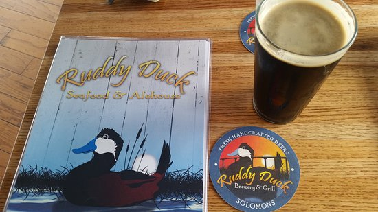 The Ruddy Duck Seafood & Alehouse: local beer
