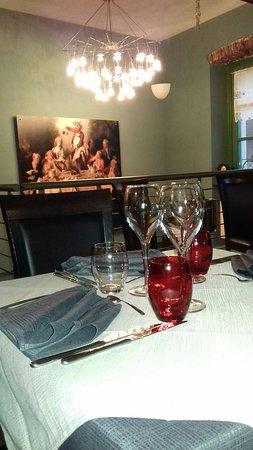 Family restaurant  il piacere di sedersi a tavola
