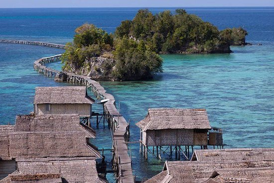 Togian Islands, Indonesien: a village on Malenge island in Togian