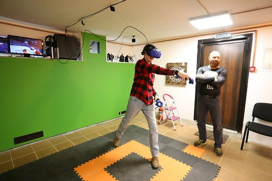 Virtual Reality Club Futurama