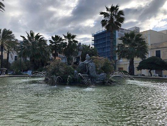 Fontana del Tritone di Trapani
