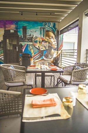 Four Points by Sheraton Nairobi Airport: Tazama Restaurant