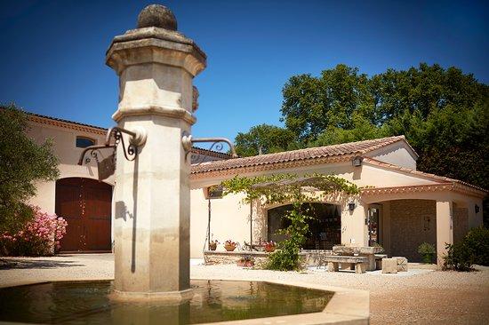 Fontaine Du Clos