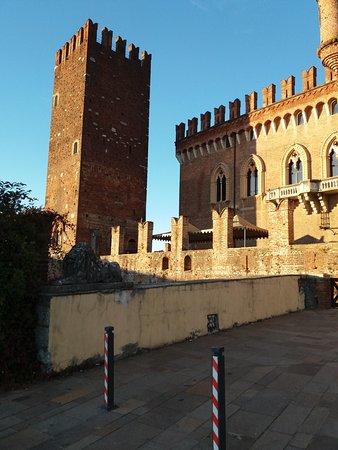Il castello e la sua torre