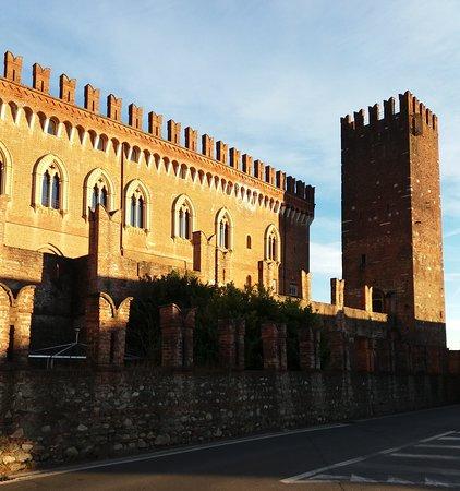 Lato del castello