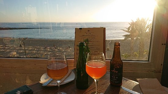Outstanding food & drinks with a view