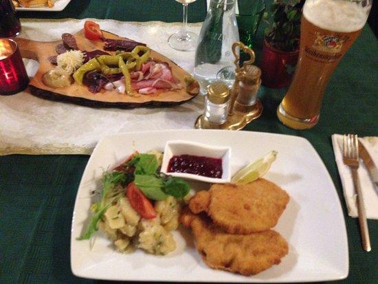 Axams, Austria: Wiener Schnietzel