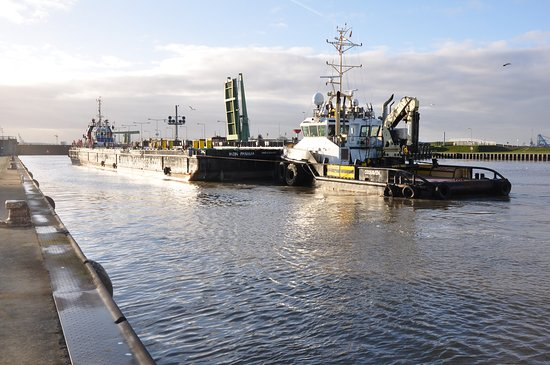Schleuse Neuer Hafen
