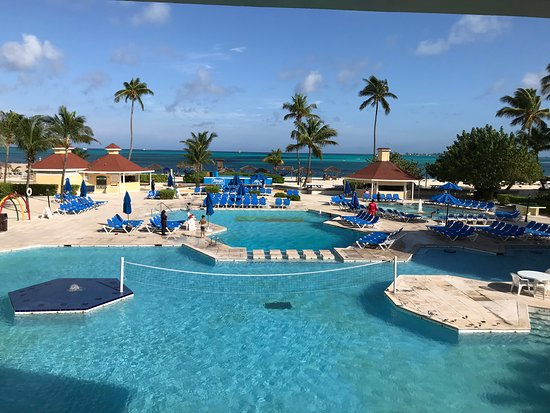 Excellent family resort;  exceptional customer service!