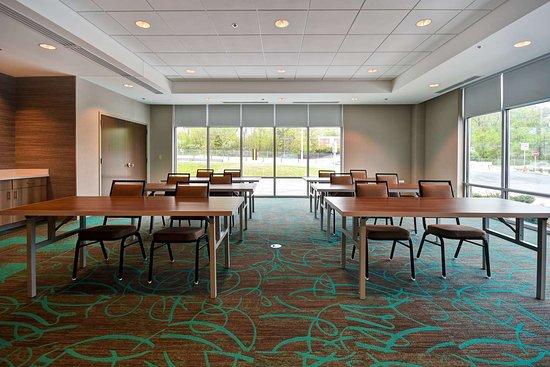 Walpole, MA: Meeting Room