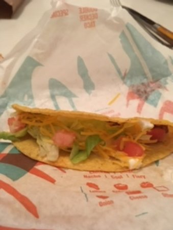 Willingboro, NJ: Supposed to be a Taco Supreme.  The shell isn't even half filled.