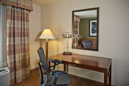 Guest room picture of hilton garden inn baltimore - Hilton garden inn white marsh md ...