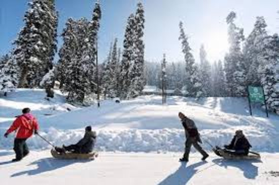 Sanaya Tour and Travel: Kashmir Tour Package