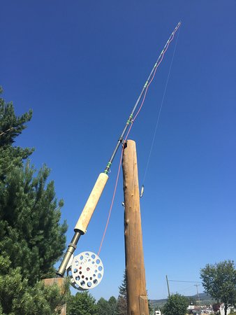 World's Largest Fly Rod: The World's Largest Fly Fishing Rod!