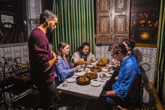 Snacks, krydder og tepper av Marrakech