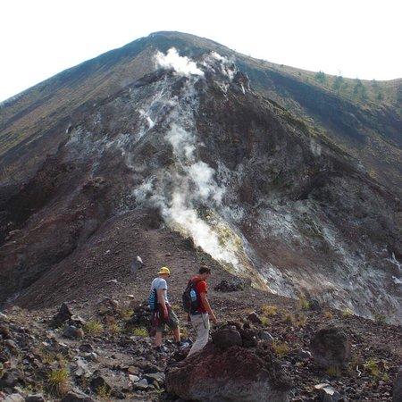 Bali Peak Trekking