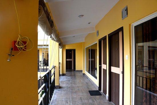 Chalsa, India: OPEN COMMON CORRIDOR