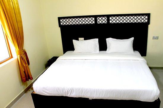 Oyo 107 Ras Al Hadd Waves Hotel