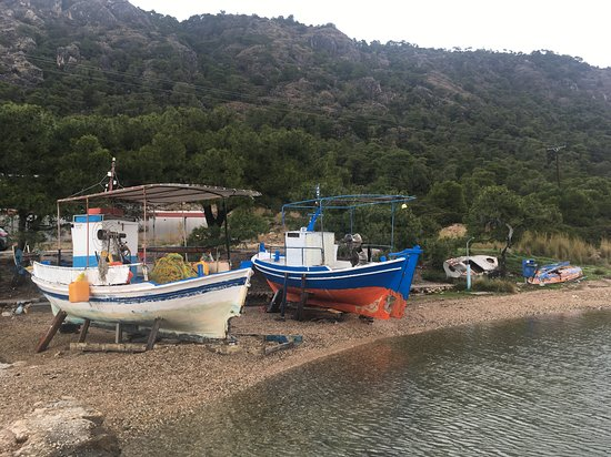 Perachora, Greece: по пути на полуостров
