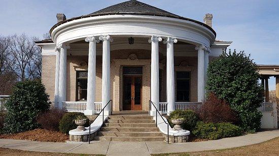 Victor H. Kriegshaber House