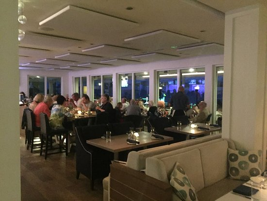 Latitudes Restaurant: Comfortable and Elegant inside seating