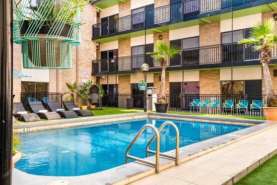 Riverwalk Plaza Hotel Amp Suites Updated 2019 Prices