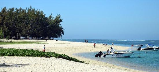 Flic en Flac Beach: Vers le village