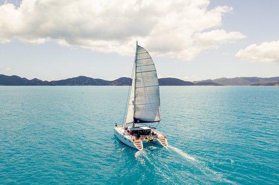 "Beef Island, Tortola: Sailing away on ""Pono"" in the Bvi 🇻🇬⛵️"