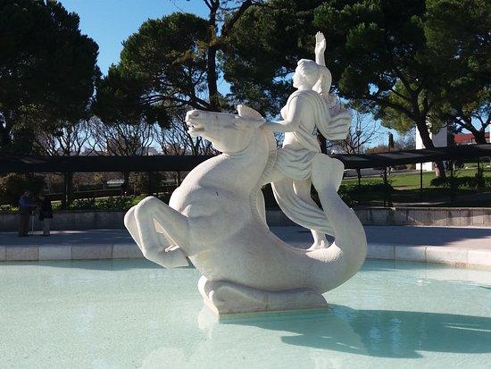 Estatua com Cavalo