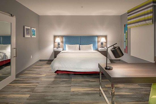 Hampton Inn & Suites Dallas/Plano Central