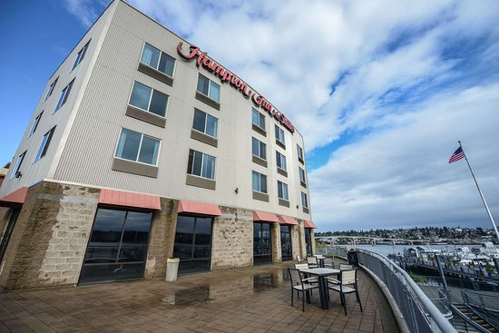Hampton Inn & Suites Bremerton